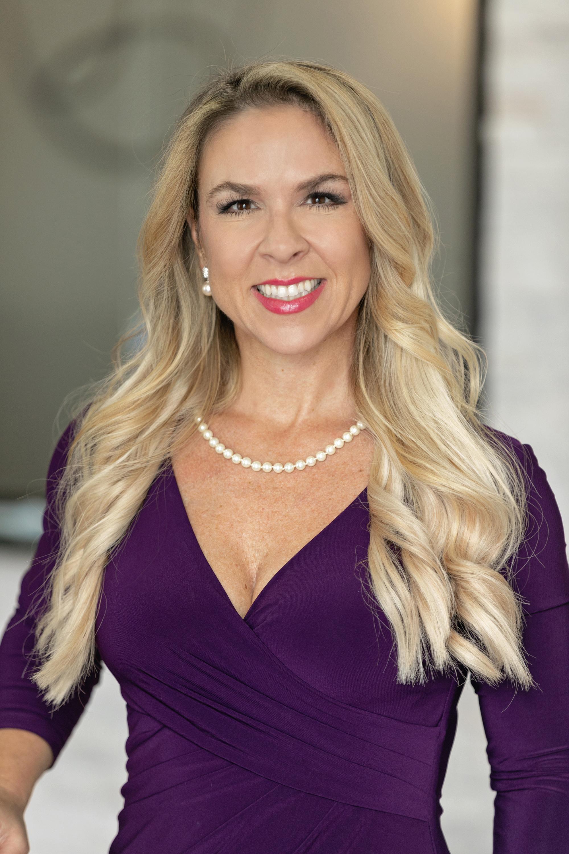 Dr. Melissa Fickey